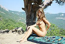 Nude Cutie