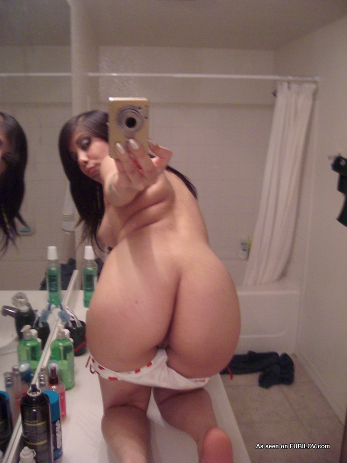 nude hot mirror girls