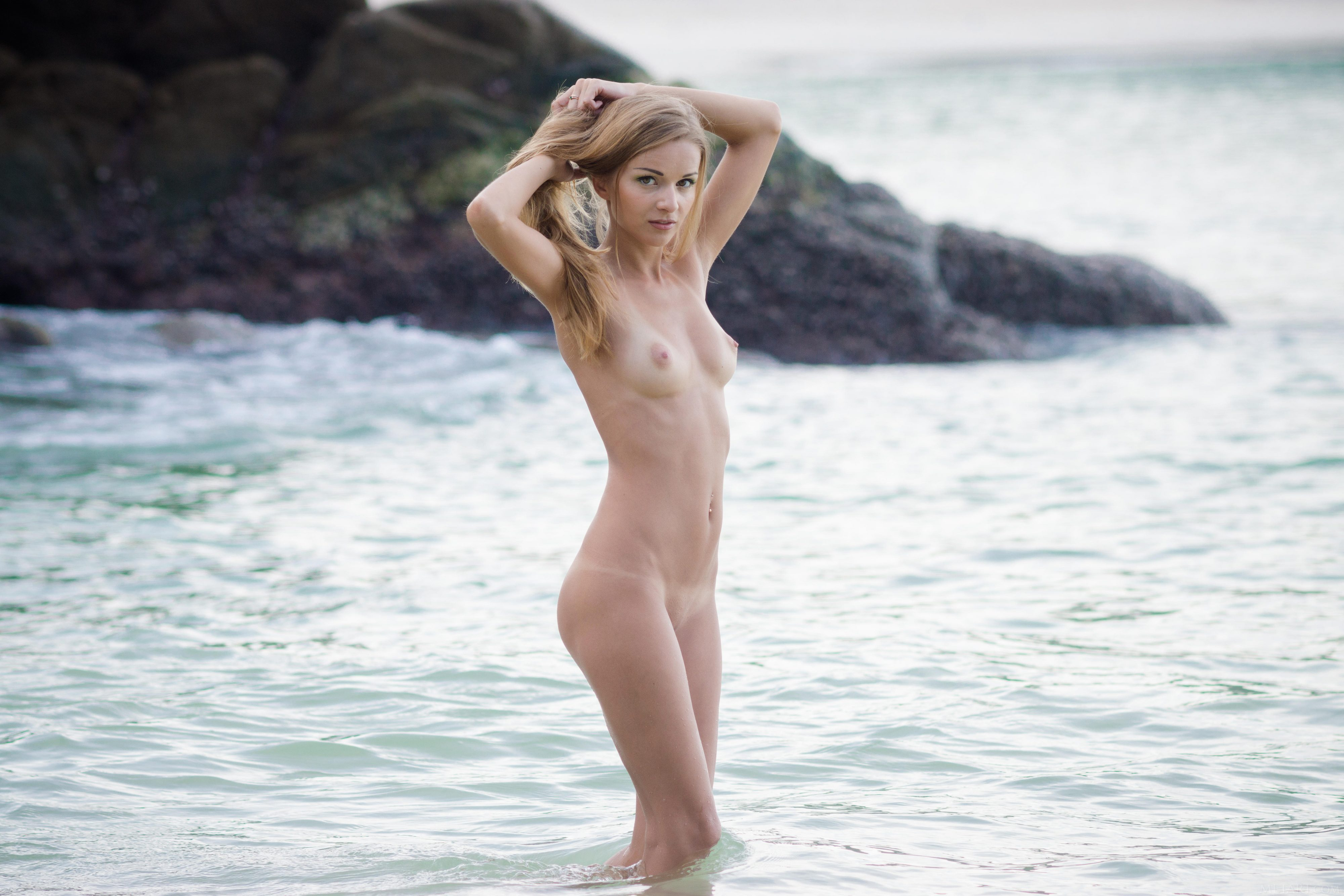 Young Girl Nude Swimming At College Avril On