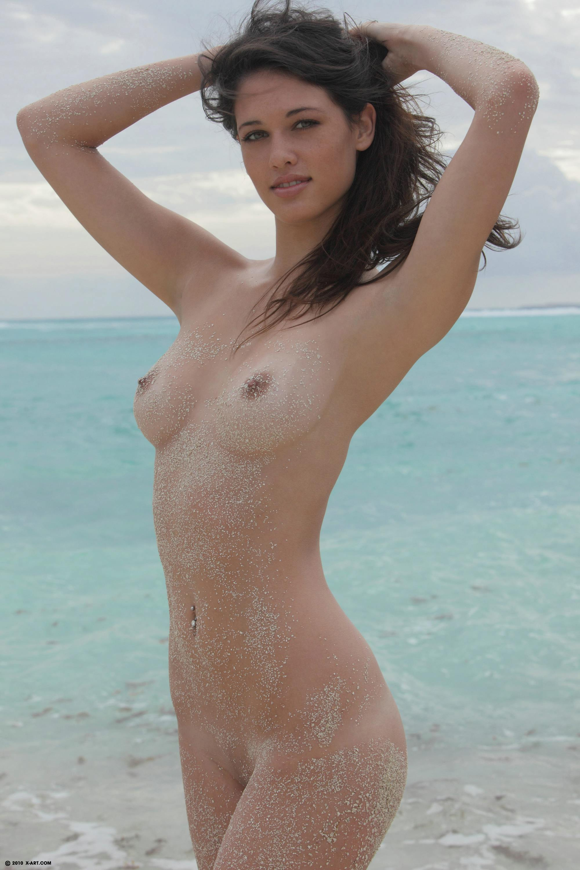 beautiful naked girls pics