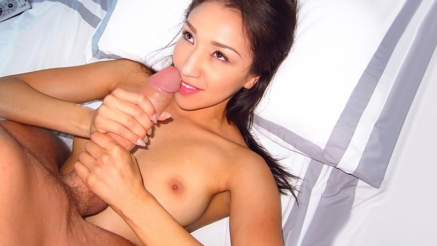 asian girls damplips